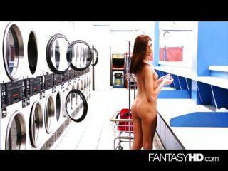 Lustful Night At The Laundry-mat