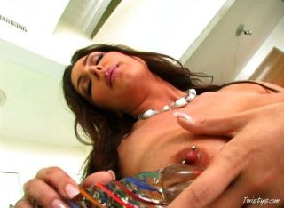 Jessica Jaymes Playing With Her Sexy Pussy