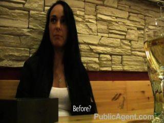 Publicagent - Good Looking Women Has Sex