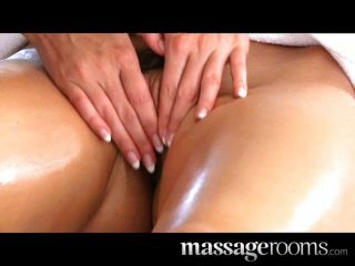 Lola Rides Both Male And Female Clients