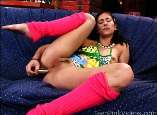 Babe Gets Fucked On The Couch