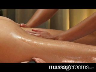 Hot Oily Gspot Massage