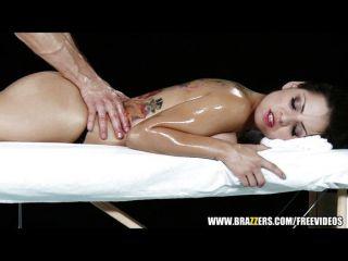 Yurizan Beltran Gets A Massage