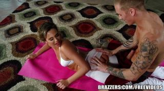 Brazzers - Post Yoga Ass Stretching
