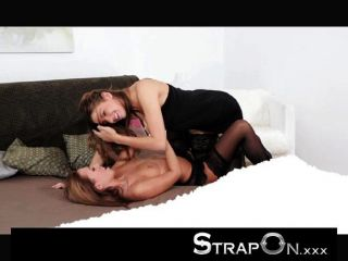 Strapon - Passionate Romantic Lesbian Strapon