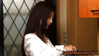 Chisa Kirishima Mature Asian Lady Shows Tits