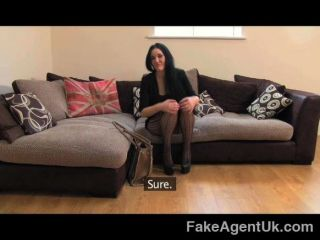 Fakeagentuk Sexy Liverpool Girl Spreads Legs