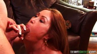 Hot Asian With Bigtits Gets Her Pussy Licked