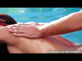 Brazzers - Happy Ending Sexy Massage