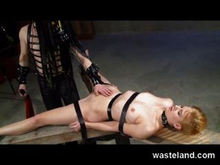 Wasteland Bondage Sex And Submission