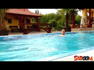 Roxy Taggarts Poolside Pounding