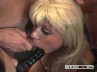 Hot Foursome With Two Horny Chicks And Two Men With Big Dicks Hc-3-01