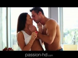 Passion-hd Brunette Teen Blindfolds Her Guy Before Sex