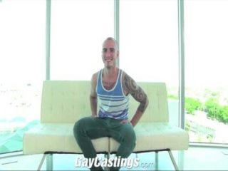 Gaycastings Tatted Muscle Jock Wants To Break Into Porn