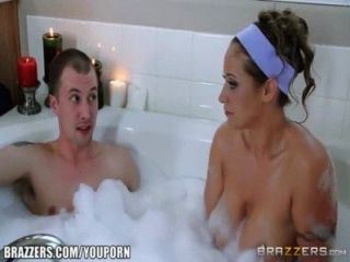 Youporn - Brazzers Eva Notty Has Some Fun In The Tub