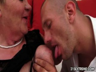 Granny Licks A Dick
