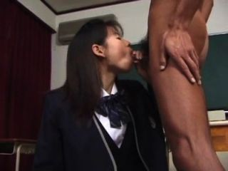 Niiyama Risa Uncensored Japanese Bukkake Blowjob