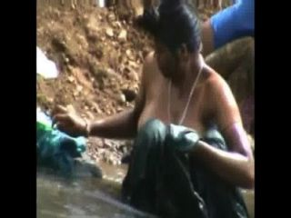 Lady Open Bath And Cloth Changing In River By Hidden Cam High