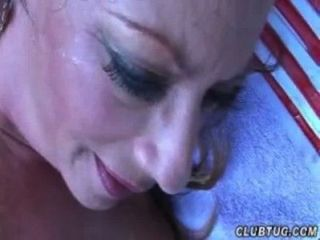Huge-titted Milf Loves Big Cumshots