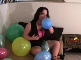 Fun With Balloons - Balloon Titjob