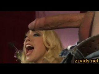 Kagney Linn Karter Threesome Show
