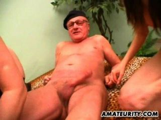 Amateur Mature And Teen Suck And Fuck An Old Guy