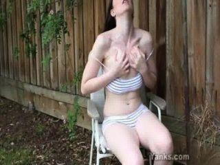 Amateur Babe Taliah Masturbating