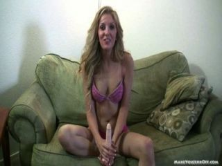 Blonde Gives Long Jerk Off Tease
