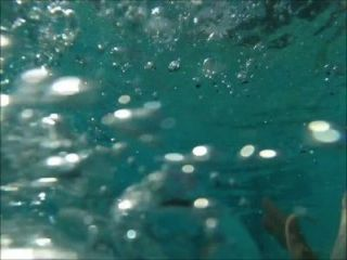 Lilyth Mae Amateur Teen Model - Underwater Video