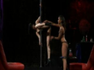 Skin Diamond And Asphyxia Noir Pole Dance