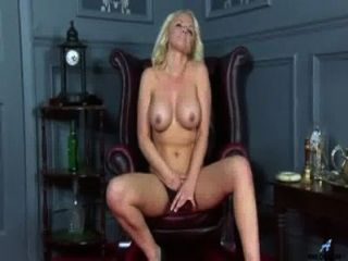 Bigtit Milf Toys Her Craving Cunt