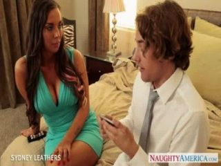 Busty Pornstar Sydney Leathers Gives Oral Sex