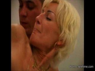 Mutter Und Sohn Haben Sex In Der Badewanne [ porno-sexfilme.com ]