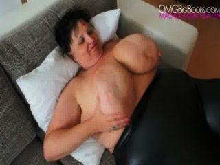 Granny Anika Q - Heavy Bbw Tits