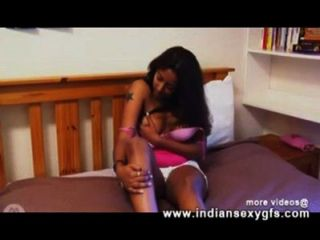 Alisha Solo Indian Girl Masturbation In Webcam