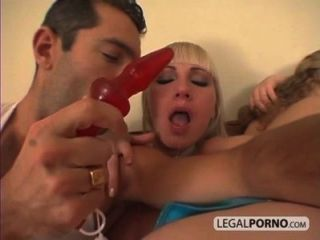 Big Cock In A Threeway Fucking Two Chicks In The Ass Gb-10-02