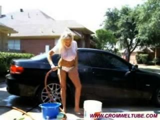 Hot Blonde Washes Car & Toys Ass On Cam  - cromweltube.com