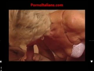 Vecchia Nonna Troia Scopa Ragazzo Dal Cazzo Enorme - Granny Slut Fuck Big Cock