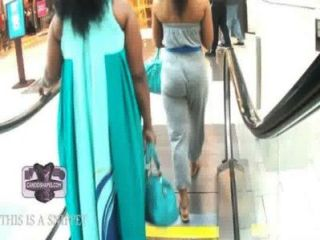 Escalator View Nice Tight Gray Sweats Candid Booty