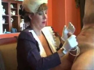 Mommy Afton - Naughty Handjob