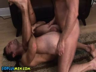 Muscle Bear Cums On Otter