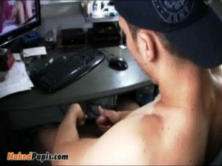Sexy Latin Papi Jerking Off