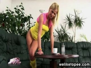 Blonde Tastes Her Warm Piss