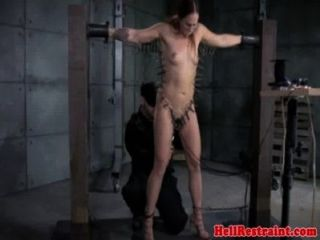 Zipper Clamped Sub Learns Discipline
