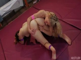 Bella Bends Natasha All Over The Mat