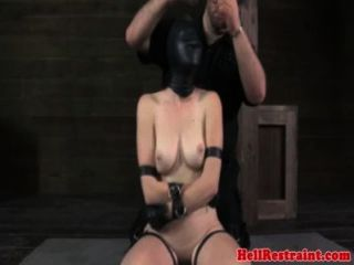 Sensorial Deprived Submissive Begs
