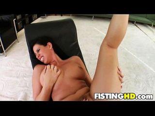 Fisting Babes Zaisa & Lisa