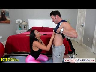 Chesty Athlete Luna Star Take Cock