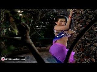 Reshmi Badan - Saima Khan Mujra - Pakistani Mujra Dance 2014