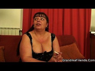 Fat Mature Babe Takes Two Cocks From Both Sides